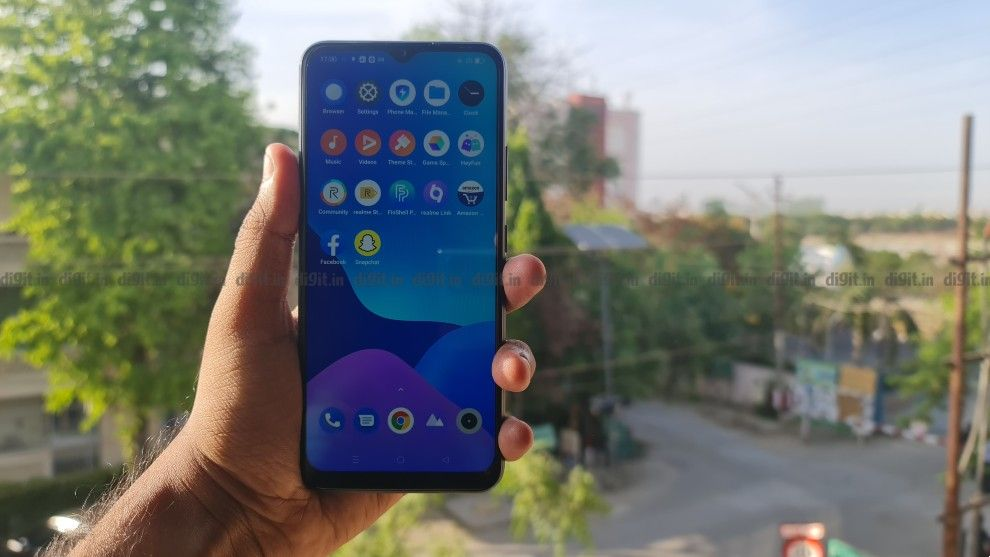 Realme C25 brings with it a mix of interesting hardware, cameras, and features all at an aggressive price