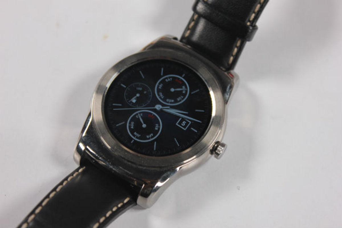 Best Smartwatches in India   DIgit in