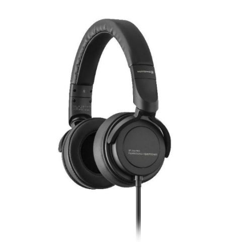 Beyerdynamic DT 240 headphone with 34-Ohm transducers launched at Rs 7500