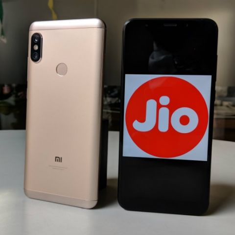Reliance Jio plans to use WiFi hotspots to reduce network congestion