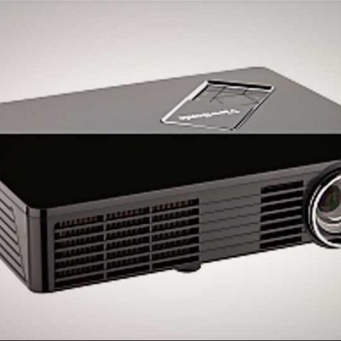 Viewsonic launches PLED-W200, PLED-W500 ultraportable projectors