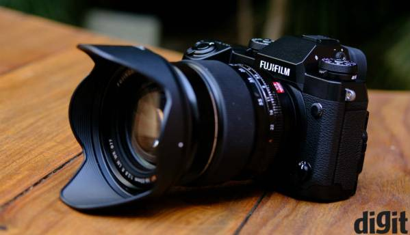 Fujifilm X-H1 first look: Reinforced, expensive mirrorless shooter