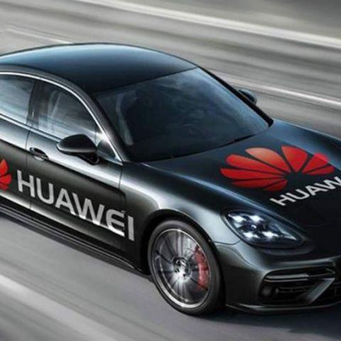 Huawei to showcase world's 1st smartphone-driven car