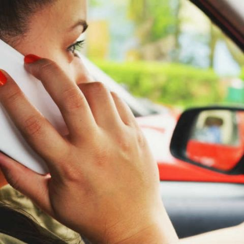 1 in 3 Indian women receive offensive calls, SMS: Truecaller survey