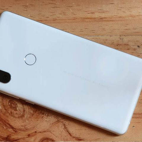 Xiaomi Mi Mix 2s first impressions: Luxurious and powerful