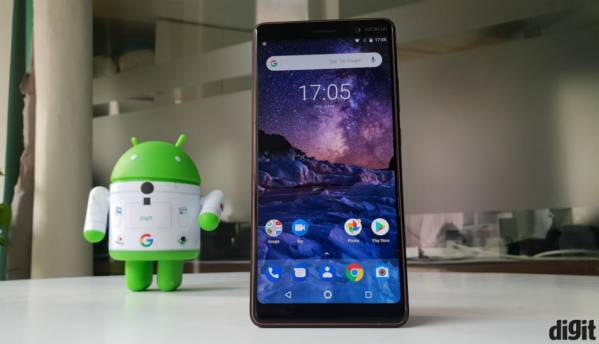 Nokia 7 Plus: In Pictures