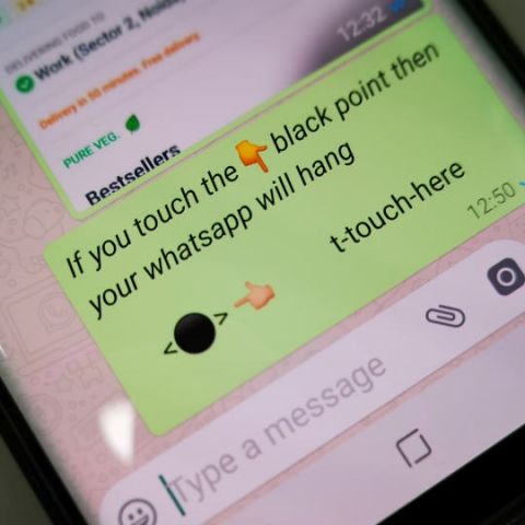 A WhatsApp message is crashing smartphones, here's why