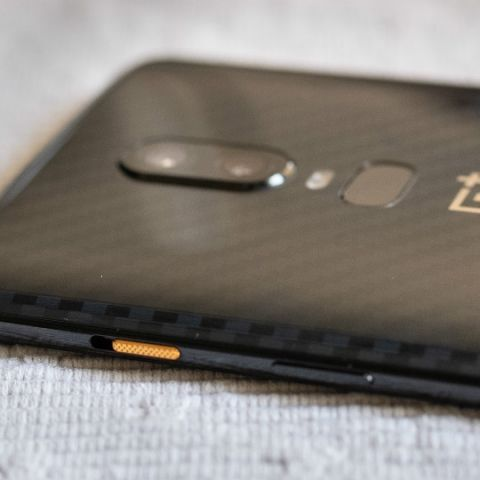 premium selection a3e60 484c2 No really, the OnePlus 6 is actually more water-resistant than we ...