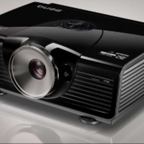 BenQ launches W7000 3D Full HD Home Cinema Projector in India