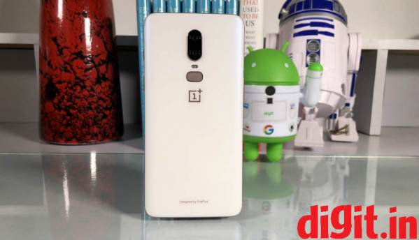 First look at the OnePlus 6 Silk White edition that goes on sale today