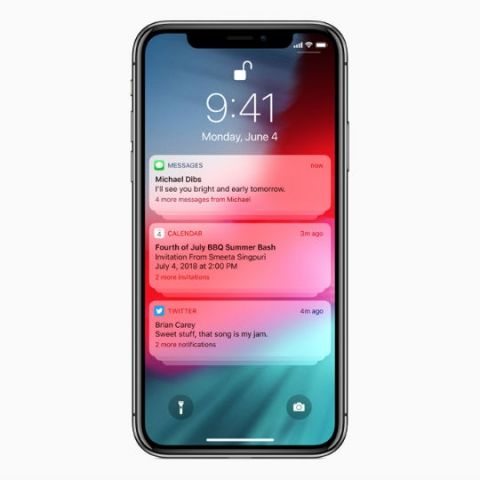 Apple finally decides to group notifications on iOS lock