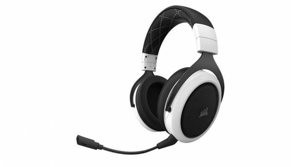 CORSAIR showcase the HS70 WIRELESS Series Gaming Headsets at COMPUTEX 2018