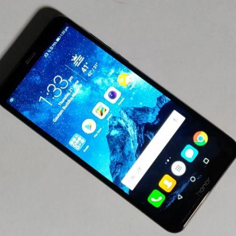 Huawei Honor 7C Review