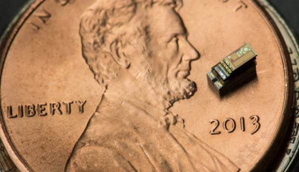 "Michigan Micro Mote is world's smallest ""computer"" that measures 0.3mm to a side"