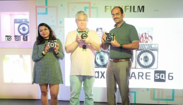 Fujifilm India launches 'Instax SQUARE SQ6' analog instant camera at Rs 9,999
