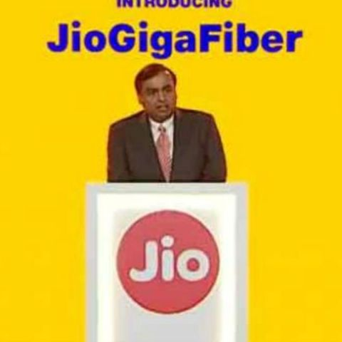 Jio GigaFiber to offer internet, landline and TV combo package at Rs 600: Report