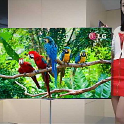LG announces 55-inch OLED HDTV, with 4-Color Pixels
