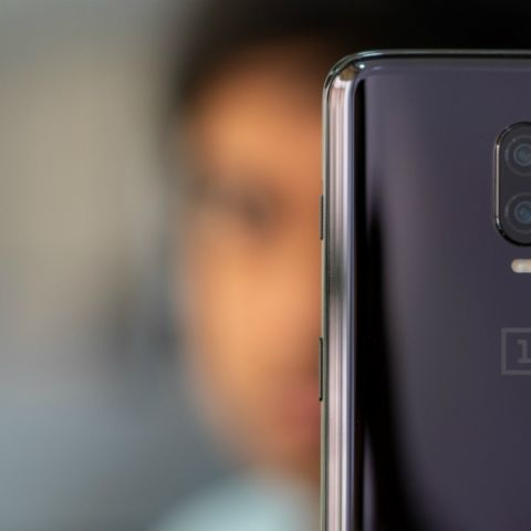 03edc71b09d OnePlus 6T year-end offers include instant discount