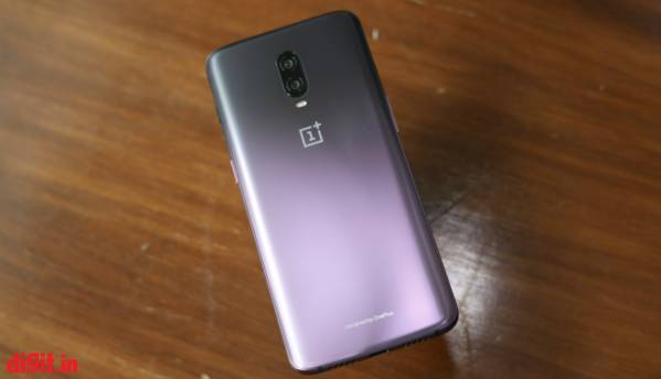 OnePlus 6T Thunder Purple: In Pictures