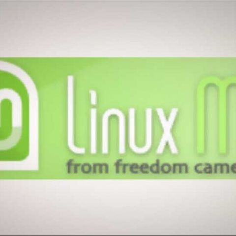 Linux Mint 12 released