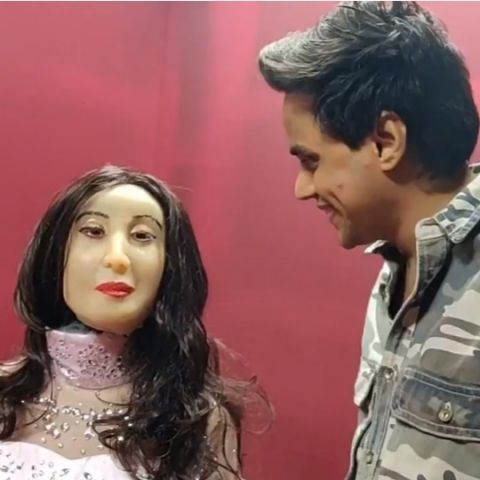 Ranchi-made Rashmi humanoid robot is now the 'world's first AI RJ' on Red FM