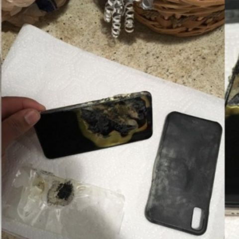 Apple iPhone XS Max reportedly catches fire in man's pocket