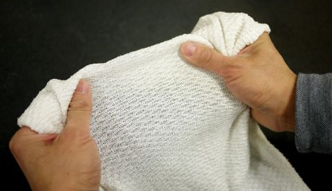 Researchers develop fabric with dynamic insulation properties to help regulate body temperature