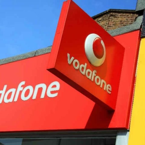 Vodafone Rs 139 recharge plan with 2GB data, unlimited calling introduced to take on Jio and Airtel's offerings