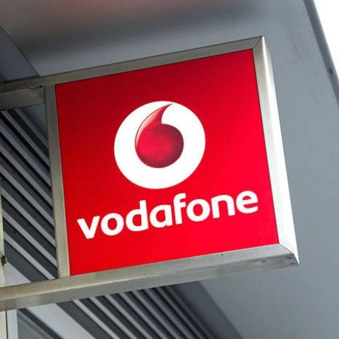 Vodafone rolls out Rs 229 prepaid recharge with 2GB daily data, unlimited calling for 28 days
