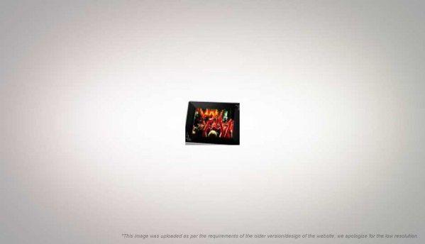 Compare Transcend PF810 Digital Photo Frame vs Antec GX1200 | Digit.in