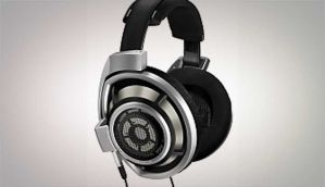 Sennheiser HD 800 - For the audiophile with deep, deep pockets