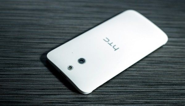 HTC One E8, plastic version of the flagship One M8 announced