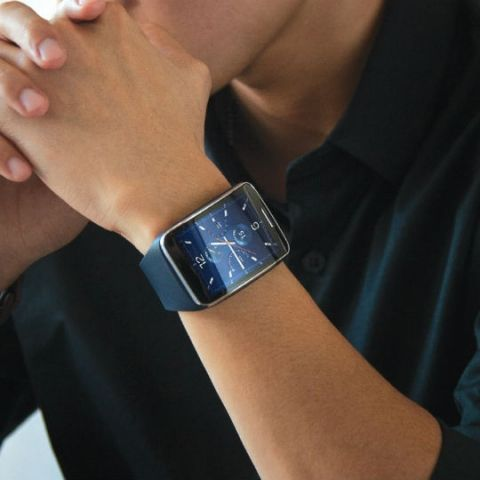 Samsung Gear S with curved screen, Tizen OS and 3G announced