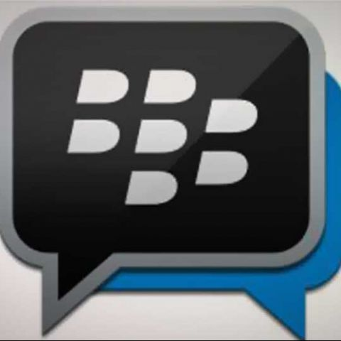 Next BBM update to bring photo-sharing in multi-person chats