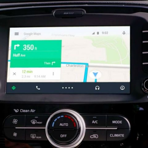 Android Auto can now display your full contact list | Digit
