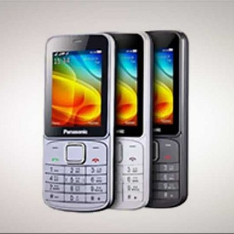 Panasonic EZ240 and EZ180 feature phones launched in India