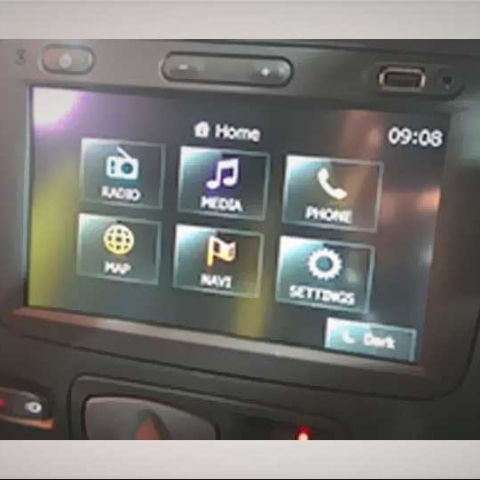 Renault Duster: Tech at Auto Expo 2014