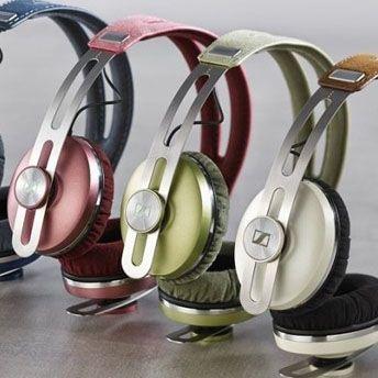 Sennheiser shows off Momentum headphones with Bluetooth, NFC