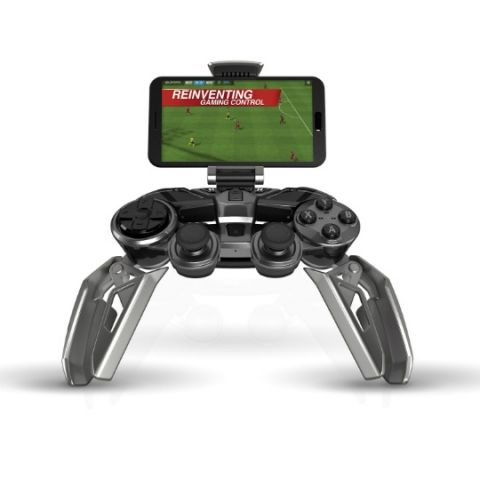 Mad Catz L.Y.N.X 9, a gaming controller that 'transforms' to suit you