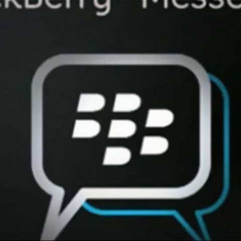BBM most popular messaging client on iOS/Android by far: Poll