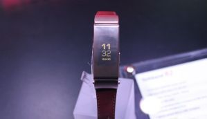 Huawei Talkband B2, Huawei Watch W1: First Look