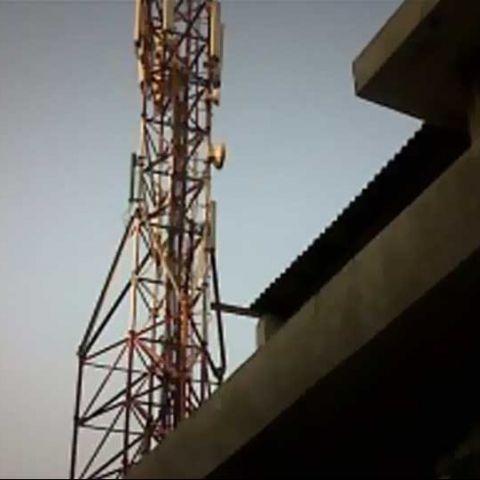 Reliance Jio Infocomm against TRAI's proposal on uniform spectrum charges