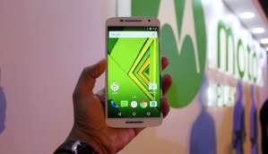 Motorola Moto X Play: In Pictures