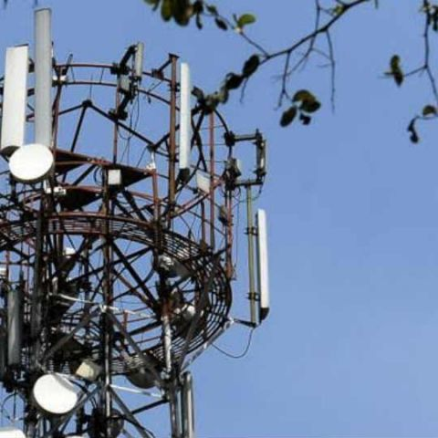 DoT to meet telcos next week to discuss call drops issue