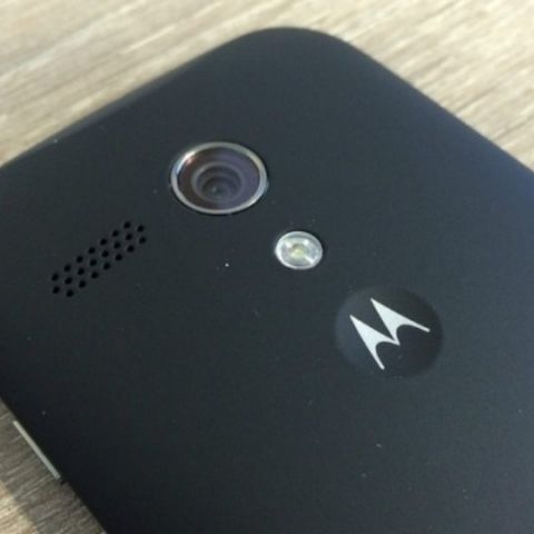 a718d2151 Motorola phones to be available on offline stores now