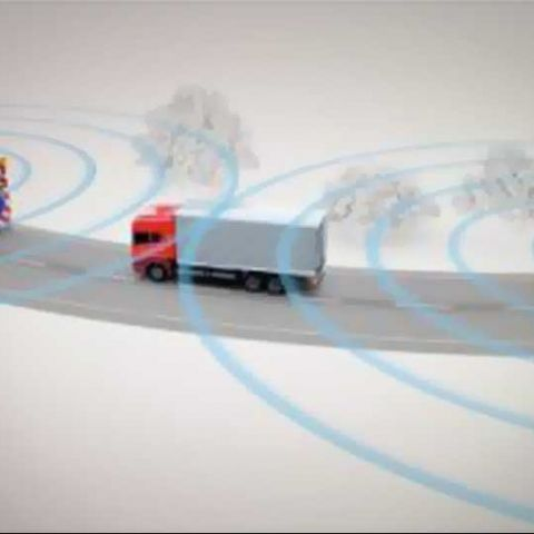 Volkswagen shows off piloted driving concept; includes controlling car via smartphone