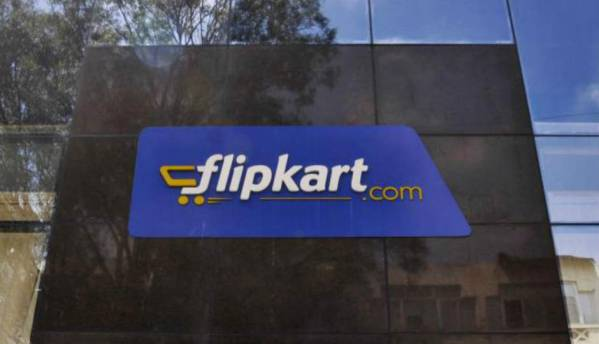 Online platforms capture 38% smartphone sales in India, Flipkart leads: Counterpoint Research