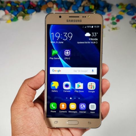 Samsung Galaxy J7 2016 Review
