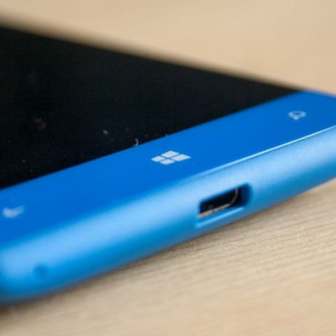 Time to cut the cords with Windows Phone, Microsoft is doing so