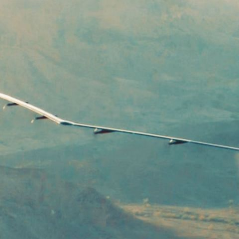 Facebook's internet-beaming solar aircraft Aquila takes first flight